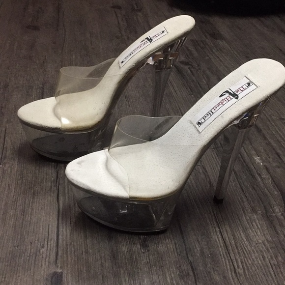 "242f607f1e1 Size 5 Clear platform heels 4"""